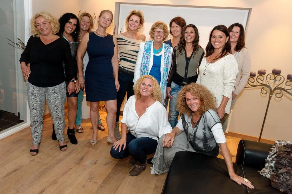 Deelnemers vrouwenweekend DEVINUS, die hebben gewerkt aan zelfvertrouwen en eigenwaarde