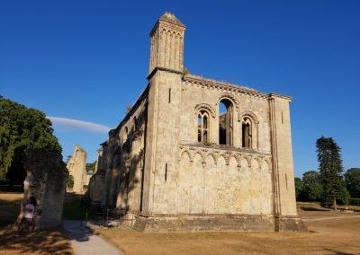 13 DEVINUS spirituele reis Glastonbury