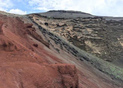 13-bergen-met-kleuren-spirituele-vakantie-lanzarote-canarische-eilanden