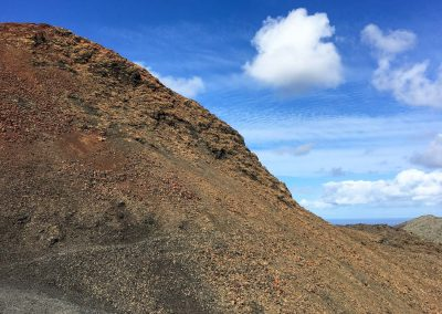 16-berg-met-lava-spirituele-vakantie-lanzarote-canarische-eilanden