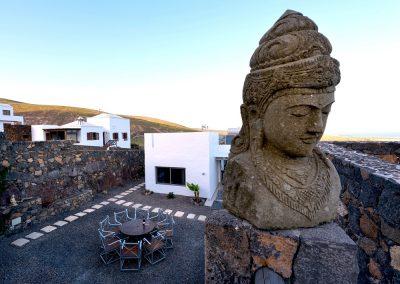 statue-casa-volcan-lanzarote-cvdvi
